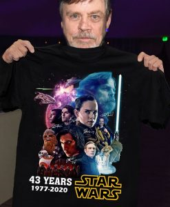 43 Years Of Star Wars 1977 2020 Films Signature Thank You For The Memories Awesome Gift for Star War Fans Action Movies Lovers T Shirt